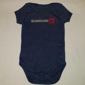 🧒 Quiksilver Logo onesie